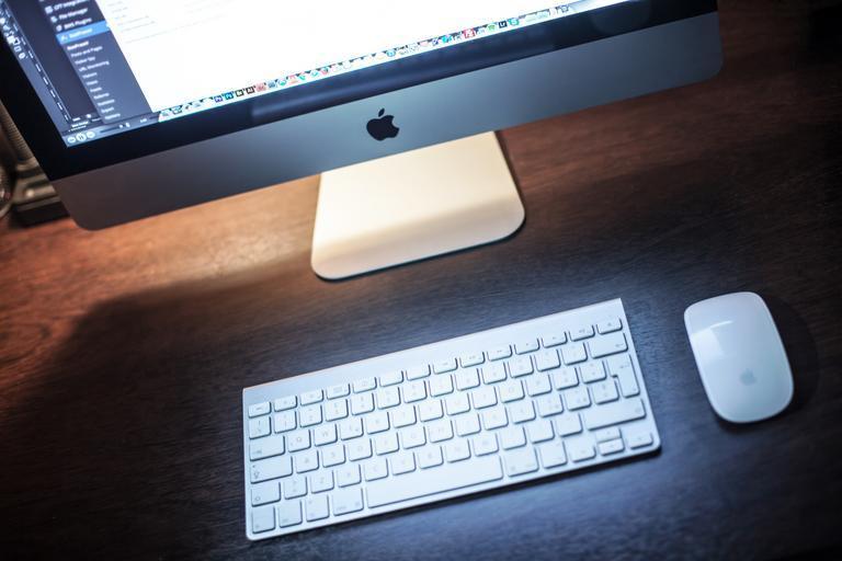 klávesnice, myš a monitor.jpg